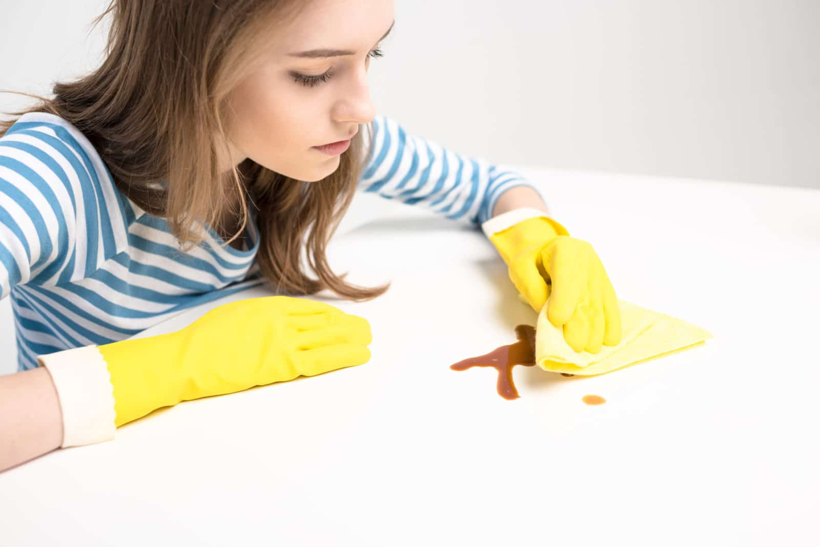 how to get stains out of mattress