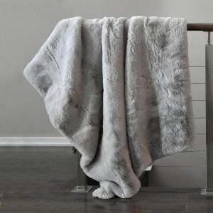 luxury bed throws and blankets