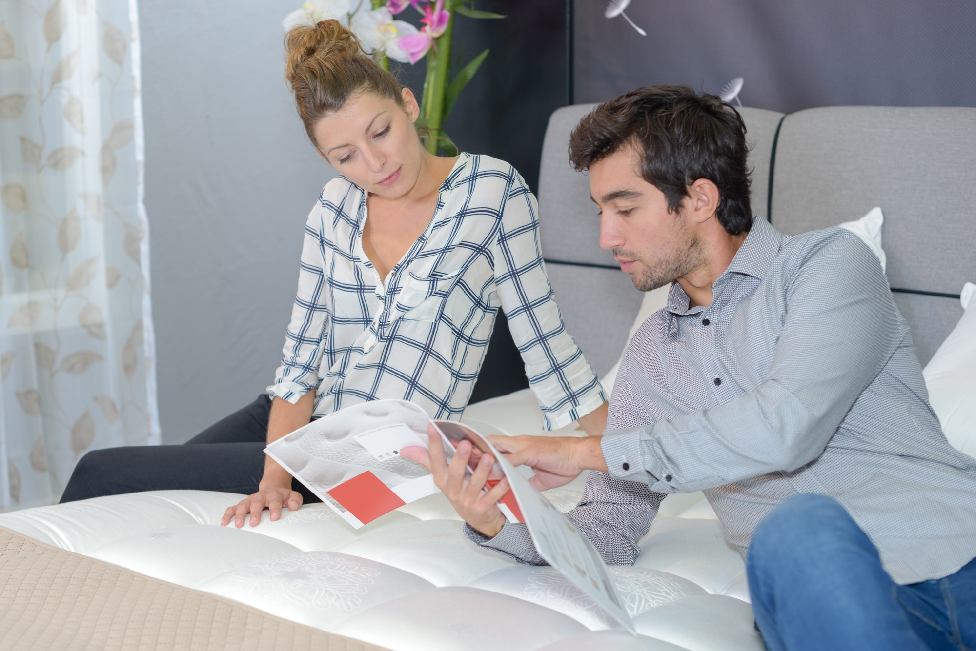 couple in mattress store